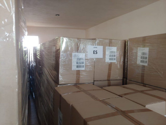 Ready for shipping the sponges in pallets